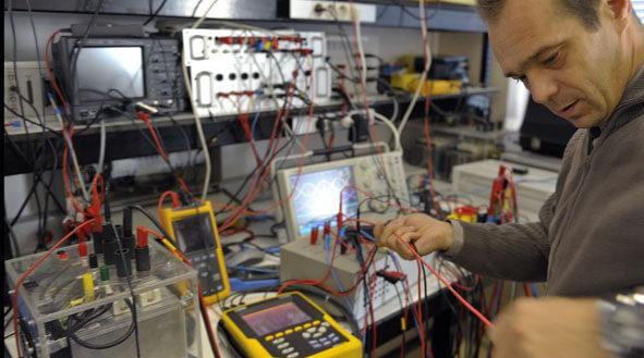 Plateau Expérimental du LSEE Université Artoi Faculté des Sciences Appliquées